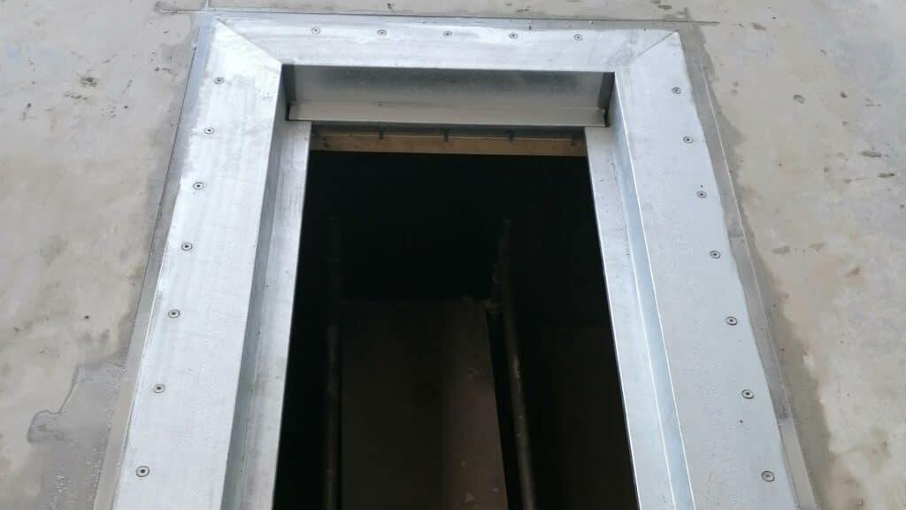 Ein verzinkter Stahlwinkel